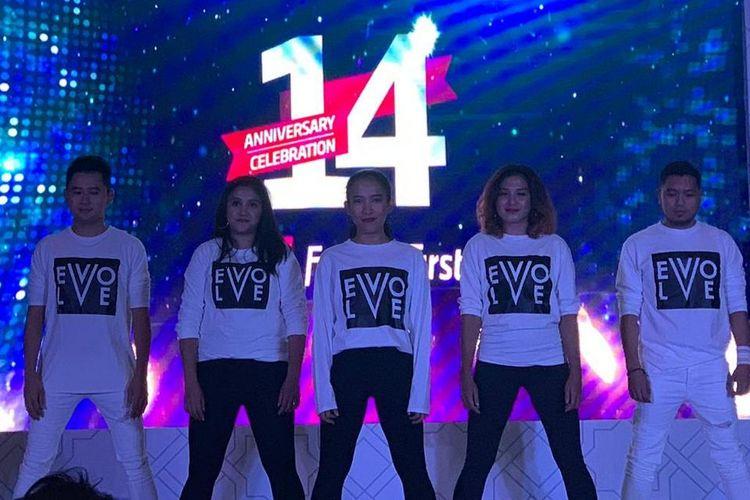 Salah satu kegiatan pada hari jadi ke-14 Fitness First Indonesia, Kamis (16/5/2019). Hingga kini, 30.000 anggota aktif berlatih di seluruh jaringan klub di Jakarta.