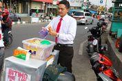 Sutrisno, Penjual Mi Lidi Berdasi yang Sukses Curi Perhatian Pembeli