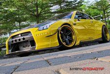 Nissan GTR Kuning 'Rocket Bunny' dari Solo