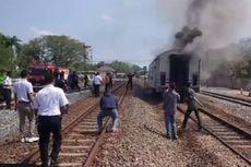 Gerbong Pembangkit KA Gajayana Terbakar di Stasiun Nganjuk