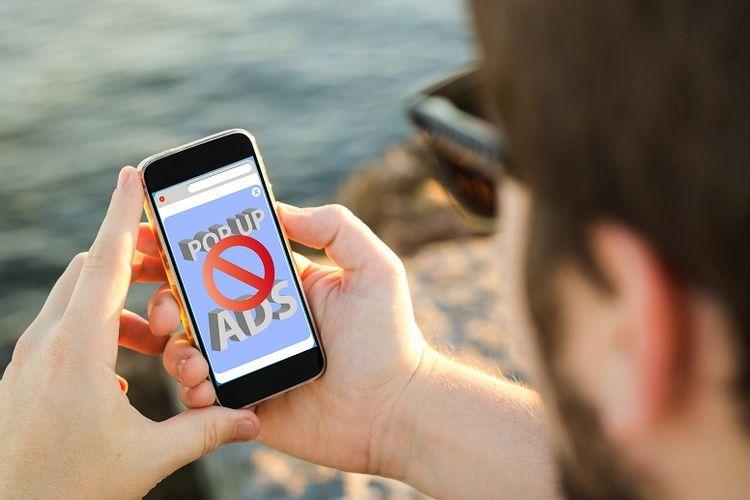 Ilustrasi iklan di smartphone