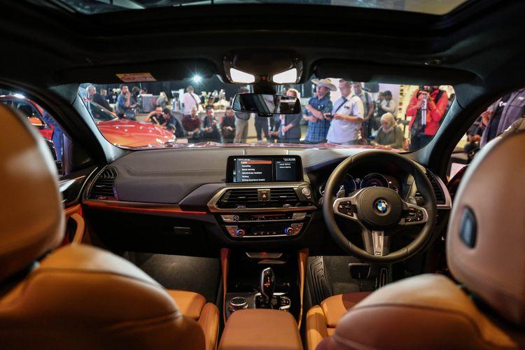 BMW Indonesia merilis secara resmi BMW X4 Sports Activity Coupe di Museum Macan, Jakarta Barat, Kamis (7/2/2019). Model generasi kedua yang sudah dijual sejak tahun lalu di pasar global ini melengkapi pilihan SUV BMW selain X1, X2, X3, X5, dan X6 yang sudah tersedia di dalam negeri.