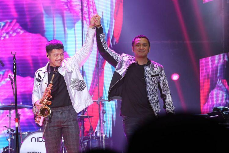Grup band Nidji bersama vokalis barunya, Ubay saat tampil di Love Stage Love Festival Vol 3 : Love is Live di Jakarta Convention Ceter (JCC), komplek Gelora Bung Karno, Senayan,  Jakarta Pusat, Jumat (8/2/2019).