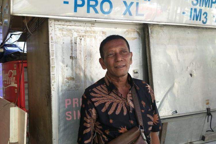 Abdul Rajab (61) pedagang kaki lima yang dagangannya habis dijarah saat rusuh 22 Mei di Jalan KH. Wahid Hasyim, Jakarta Pusat, Sabtu (25/5/2019).