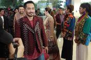 Empat Jam Kunyah Pinang, Kepala Yama Carlos Pening