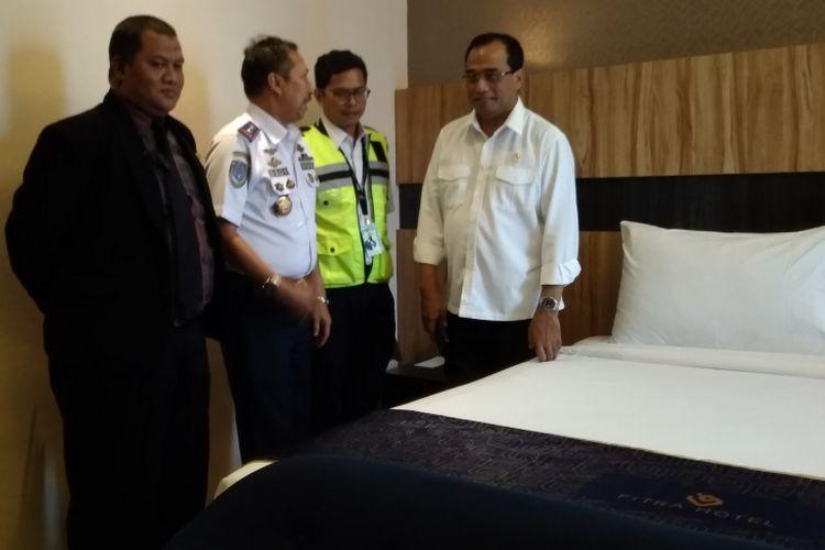 Menteri Perhubungan Budi Karya Sumadi Meninjau 3 Hotel di Majalengka untuk fasilitas asrama haji, Selasa (17/4/2018).