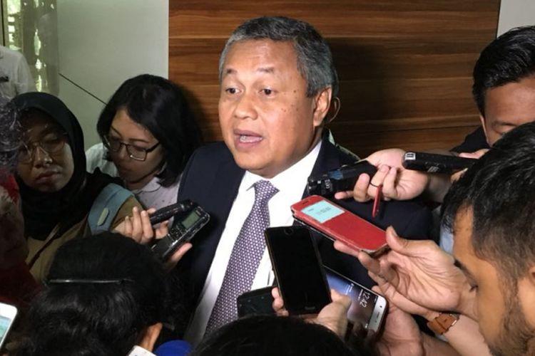 Gubernur Bank Indonesia Perry Warjiyo usai rapat dengan Badan Anggaran DPR RI, Rabu (11/7/2018).