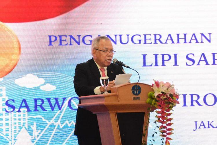 Menteri PUPR Basuki Hadimuljono menyampaikan materi saat Sarwono Prawirohardjo Memorial Lecture (SML) XVIII di Auditorium LIPI, Jakarta, Kamis (23/8/2018).