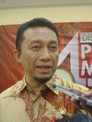 Anggota Komisi III DPR dari Fraksi PKS Tifatul Sembiring di Kompleks Parlemen, Senayan, Jakarta, Senin (13/3/2017).