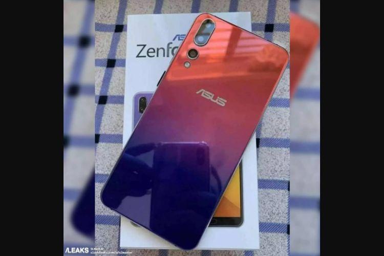 Asus Zenfone 6 muncul dengan tiga kamera belakang.