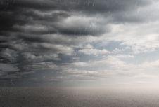 BMKG: Waspadai Hujan Disertai Petir dan Angin di Jaksel dan Jaktim