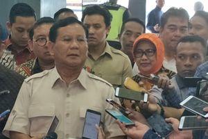 Prabowo Iba Dengar Sudirman Said Gadai Rumah untuk Biaya Saksi Pilkada