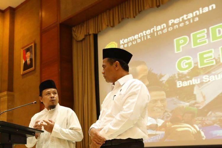 Kementerian Pertanian mengumpulkan bantuan kemanusiaan bagi korban gempa di Lombok, NTB. Bantuan yang terkumpul dari berbagai pihak mencapai Rp 10 miliar, Senin (6/8/2018)