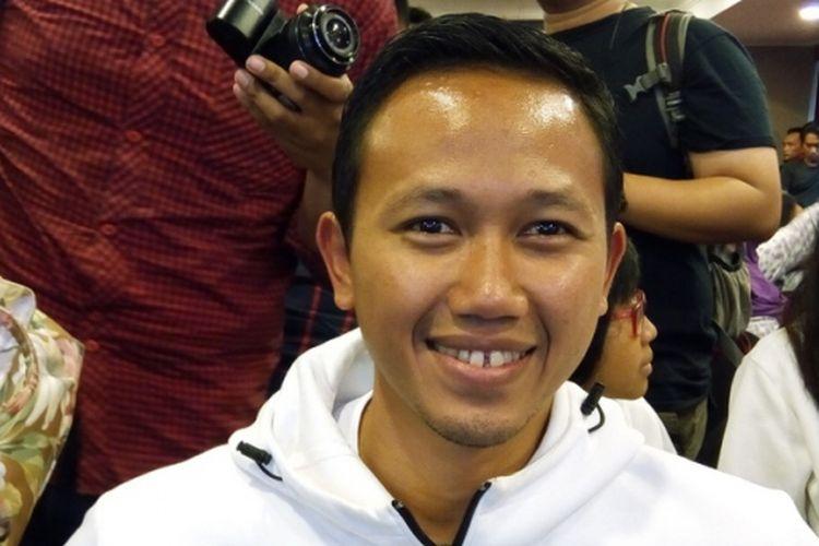 Pelatih atlet tim nasional lari jarak jauh Agus Mulyawan. Profesi pelatih saat ini menjanjikan tak hanya dari gaji tapi juga peluang pasar gaya hidup berolah raga di Indonesia.