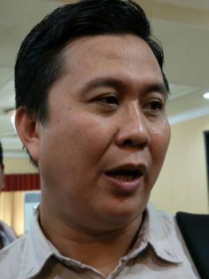 Wakil Koordinator Indonesia Corruption Watch (ICW) Ade Irawan di Gedung Pusat Dakwah Muhammadiyah, Menteng, Jakarta, Rabu (27/12/2017).