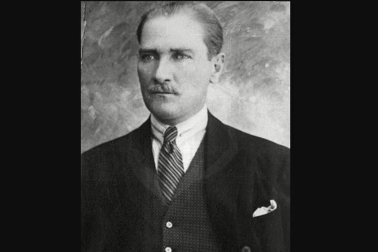 Pendiri dan presiden pertama Republik Turki, Mustafa Kemal Ataturk.