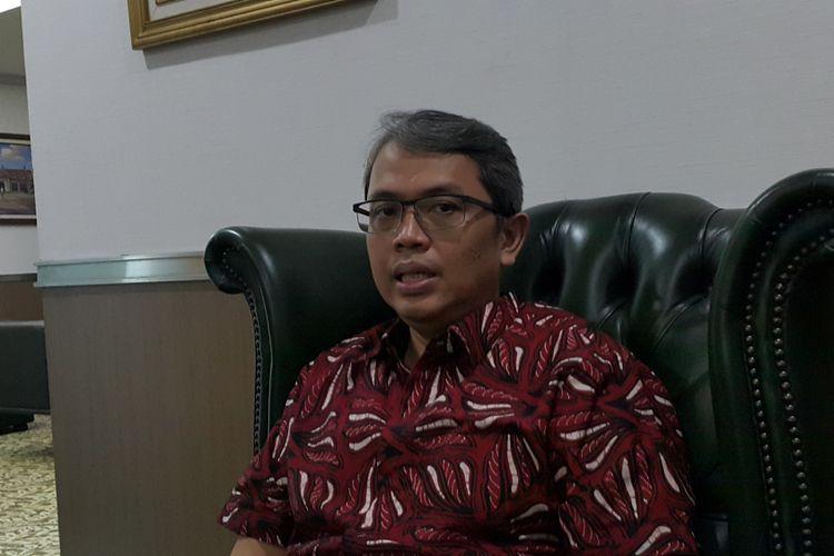 Wakil Ketua DPRD DKI Jakarta Triwisaksana di Gedung DPRD DKI Jakarta, Jalan Kebon Sirih, Jakarta Pusat, Selasa (16/5/2017).