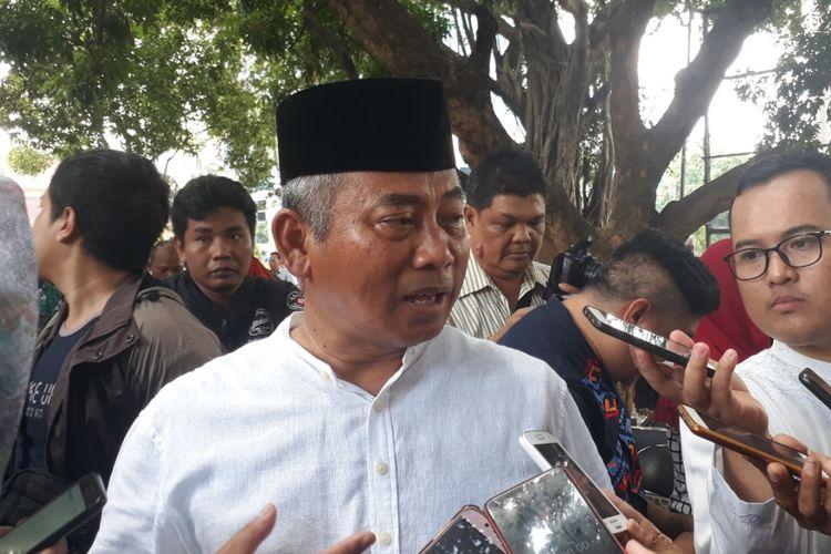 Wali Kota Bekasi Rahmat Effendi kepada awak media di Kantor Pemerintah Kota Bekasi, Jumat (28/12/2018)..