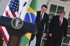 Trump Munculkan Ide Brasil Gabung Jadi Anggota NATO