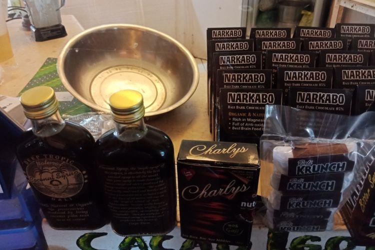Aneka makanan olahan cokelat yang dijual di Bali Chocolate Factory