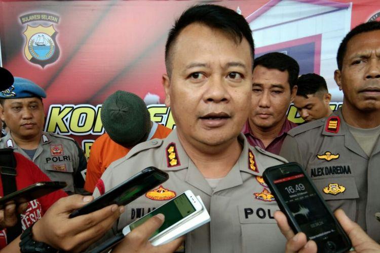 Kepala Polrestabes Makassar,  Kombes Polisi Dwi Ariwibowo merilis kasus tewasnya seorang taruna Akademi Teknik Keselamatan Penerbangan (ATKP)  Makassar yang dianiaya seniornya,  Selasa (5/2/2019).