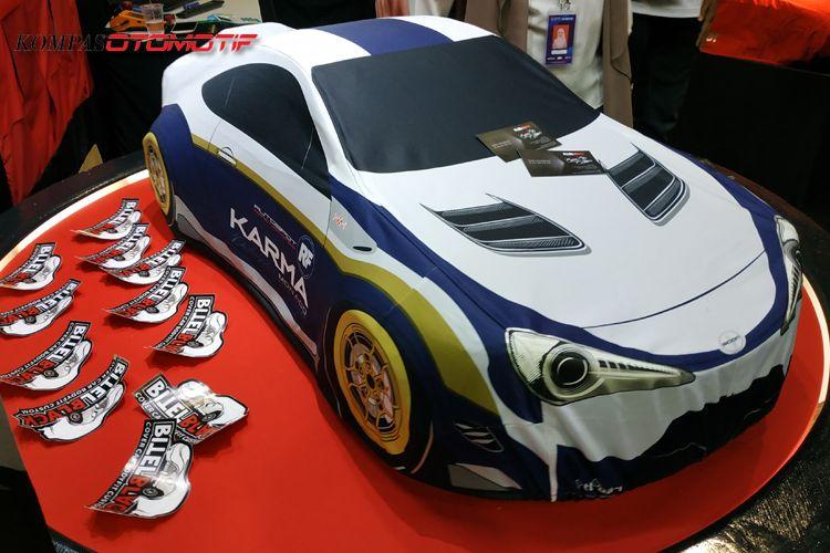 Keren Nih, Ada Jubah Mobil Desain Suka-suka Gan !!