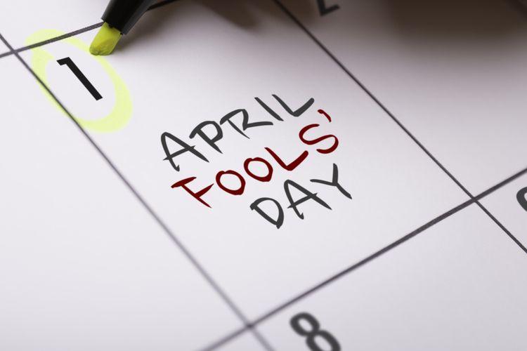 mengenang sejarah april mop yang misterius halaman all kompas com rh lifestyle kompas com