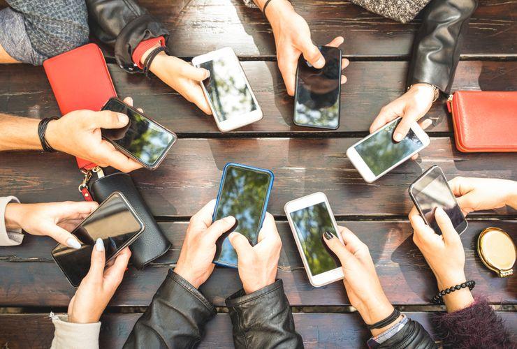 Mengenali 9 Kondisi Kecemasan akibat Media Sosial