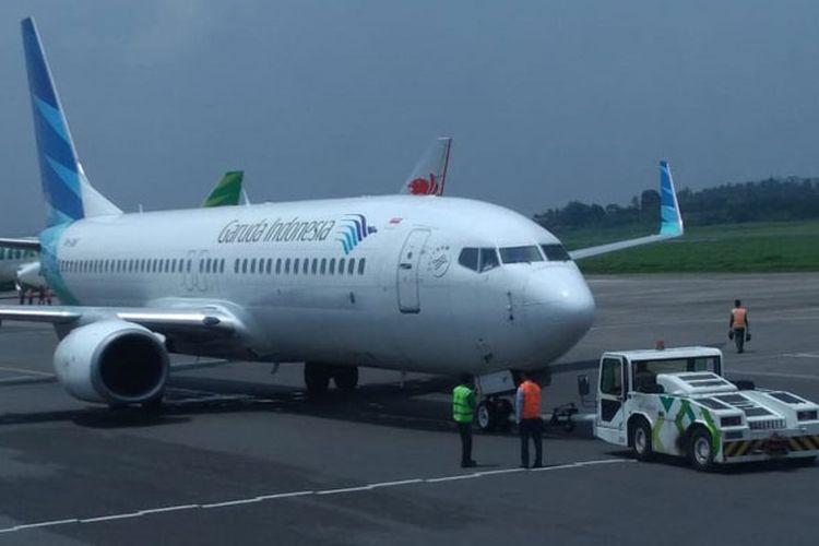 Penerbangan perdana Garuda Indonesia rute Bandung-Singapura (pp) di Bandara Husein Sastranegara, Bandung, Senin (3/12/2018). Penerbangan dilakukan 4 kali dalam sepekan yakni Senin, Rabu, Jumat, dan Minggu.
