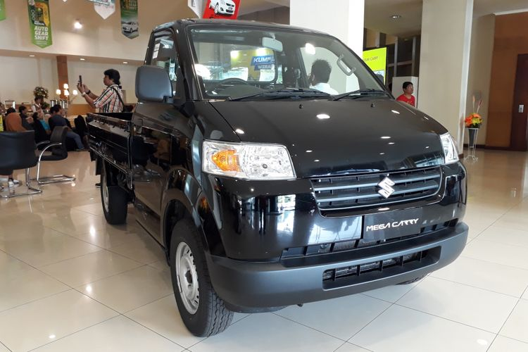 Suzuki Mega Carry Pick Up melengkapi varian Carry.