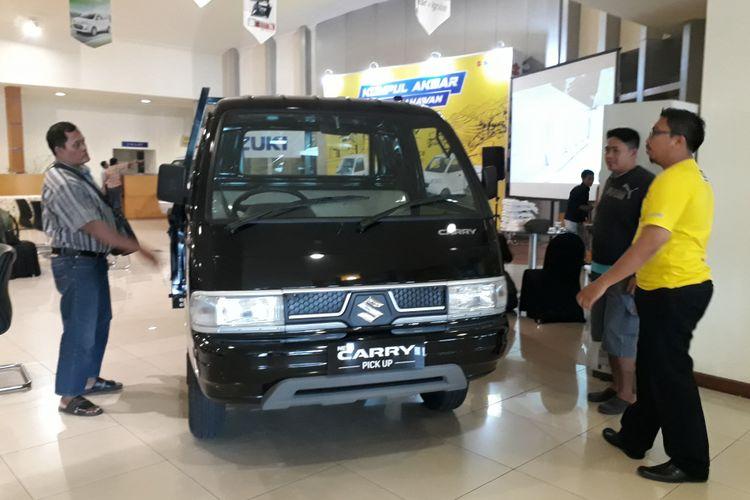 Suzuki Carry pick up di Kabar Wirausaha Suzuki, Surabaya.