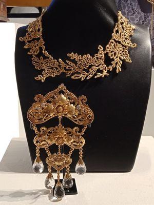 Contoh perhiasan Tulola Jewelry