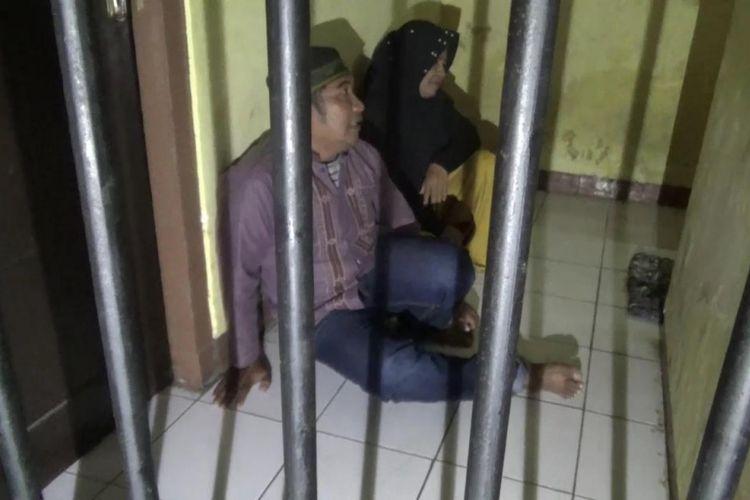 Caleg berinisial SM (47) ini tengah meringkuk di dalam sel tahanan Mapolres Takalar, Sulawesi Selatan, bersama istrinya lantaran terbelit kasus penipuan jual beli tanah, Jumat (10/8/2018).