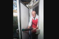 Pria Ini Berhasil Keluar dari Kulkas yang Terkunci Berkat Sosis