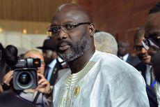 Presiden Baru Liberia Janji Potong Gajinya untuk Pembangunan Negeri