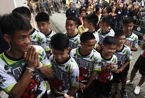 Pelatih Tim Sepak Bola Remaja Ungkap Alasan Masuk ke Dalam Goa
