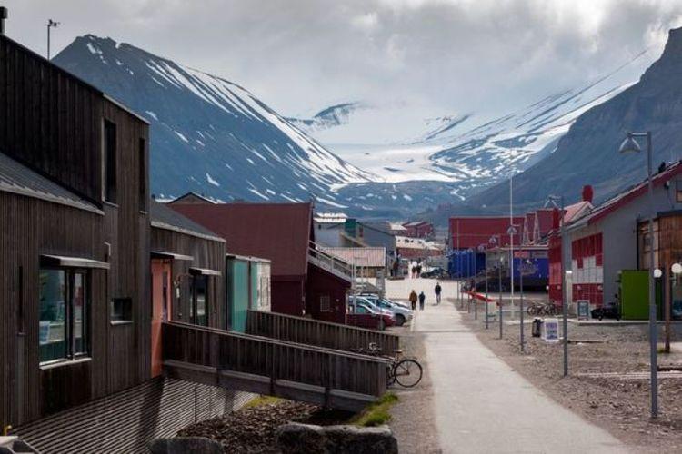 Di Longyearbyen, Norwegia, mati merupakan tindakan ilergal karena tubuh tidak membusuk karena cuaca yang sangat dingin. (Photolibrary RM via Daily Mirror)