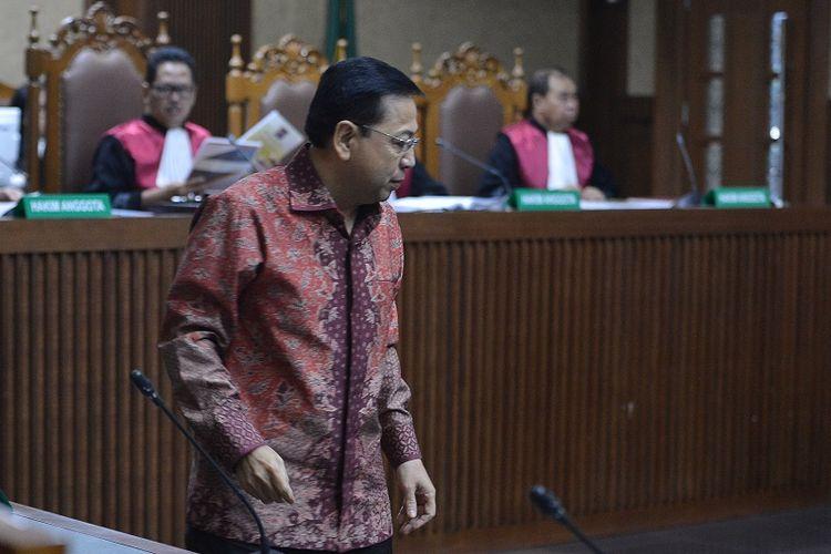 Terdakwa Kasus Korupsi Pengadaan KTP elektronik Setya Novanto mengikuti sidang lanjutan di Pengadilan Tipikor, Jakarta, Jumat (13/4). Sidang tersebut mengagendakan pembacaan nota pembelaan (pledoi) dari terdakwa dan penasehat hukum.