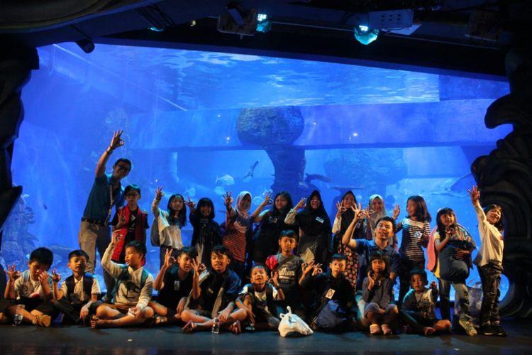 Image result for Aquacamp jakarta aquarium