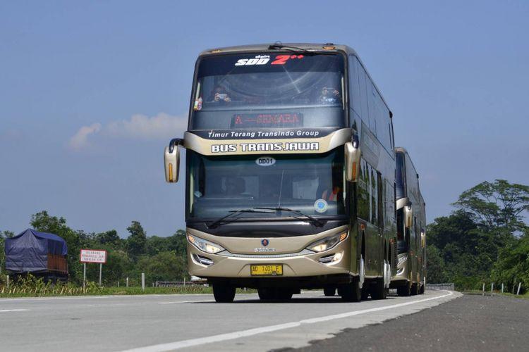 Bus double decker Scania K410IB yang dijadikan bus trans Jawa pertama oleh PO Putera Mulya Sejahtera dilengkapi dengan berbagai fasilitas premium.