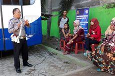 Kisah Polisi Gorontalo yang Berdakwah di Samping Mobil SIM Keliling
