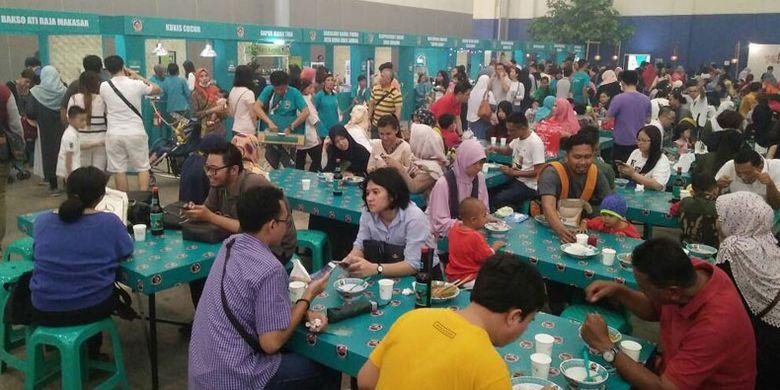 Festival Jajanan Bango (FJB) 2017 di Hal 1 ICE BSD, Tangerang, Banten, Sabtu (6/5/2017), menghadirkan 70 kuliner otentik nusantara. FJB 2017 berlangsung hingga Minggu (7/5/2017).