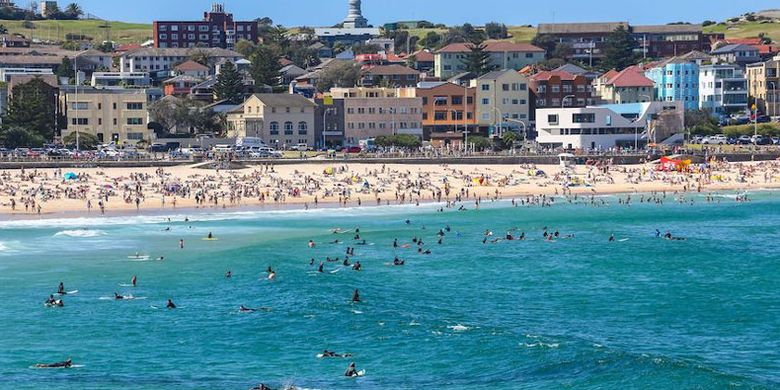 Pantai Bondi di Australia.