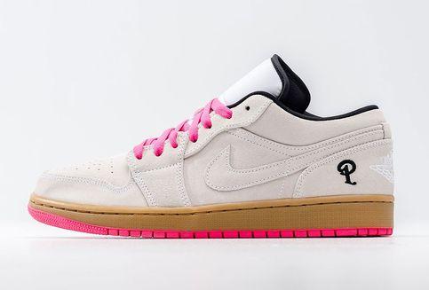 Sentuhan Pink pada Sneakers AJ 1 Edisi Kolaborasi