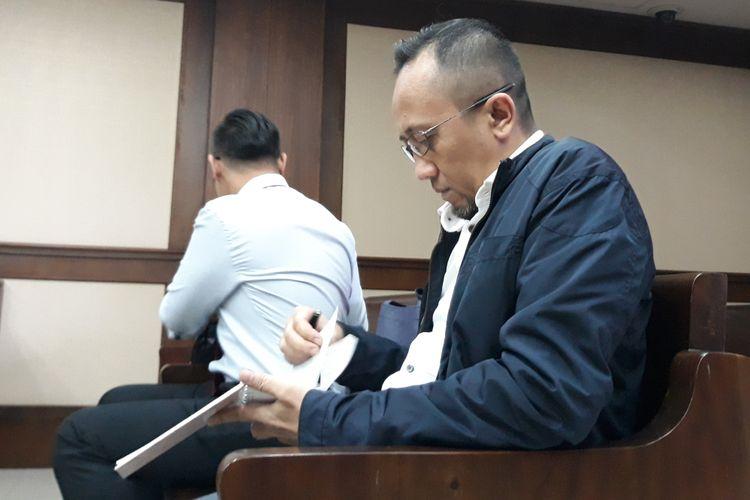 General Manager PT Jasa Marga Persero cabang Purbaleunyi, Setia Budi, menjalani sidang pembacaan tuntutan di Pengadilan Tipikor Jakarta, Selasa (13/2/2018).