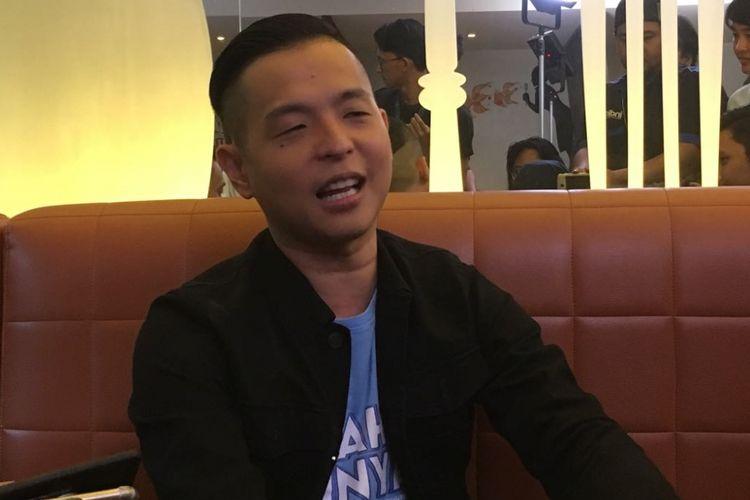 Ernest Prakasa diwawancara di Hong Kong Kafe, Menteng, Jakarta Pusat, Selasa (9/1/2018).