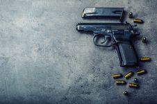 Penembakan AS Meningkat di Abad 21, Mayoitas Pelaku Masih Remaja