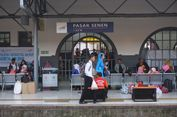 Senin, Diprediksi 21.683 Penumpang Tiba di Stasiun Pasar Senen