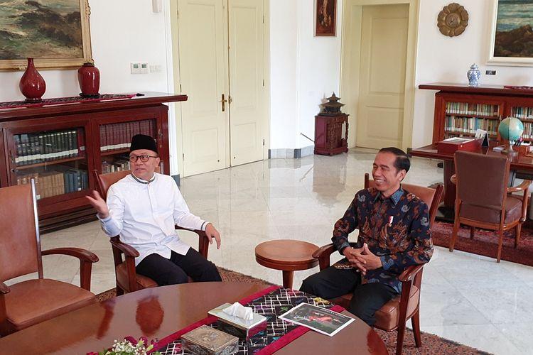 Presiden Joko Widodo bertemu Ketua Umum PAN Zulkifli Hasan. Pertemuan keduanya berlangsung di Istana Bogor, Rabu (22/5/2019) siang.