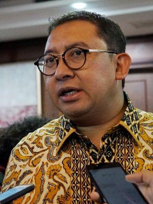 Wakil Ketua DPR Fadli Zon Saat ditemui di ruang kerjanya, gedung Nusantara III, Kompleks Parlemen, Senayan, Jakarta, Rabu (23/1/2019).